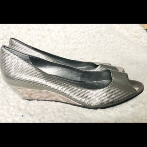 Alfani Step  N Flex silver peep toe wedges NWOB